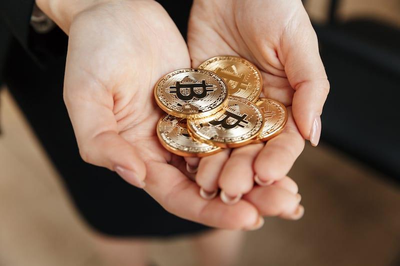 Мания по криптовалюте Bitcoin